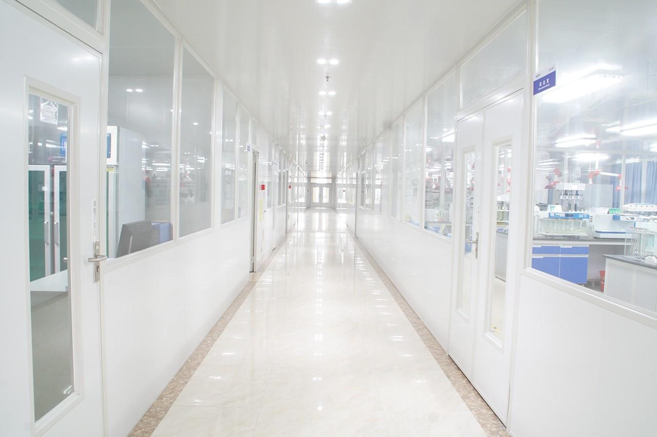 研发实验室走廊